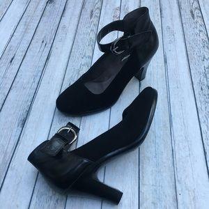 Aerosoles maryjane pumps buckles Black suede 7.5